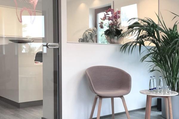 Wartebereich in der Praxis Zahnarzt Ruthenberg